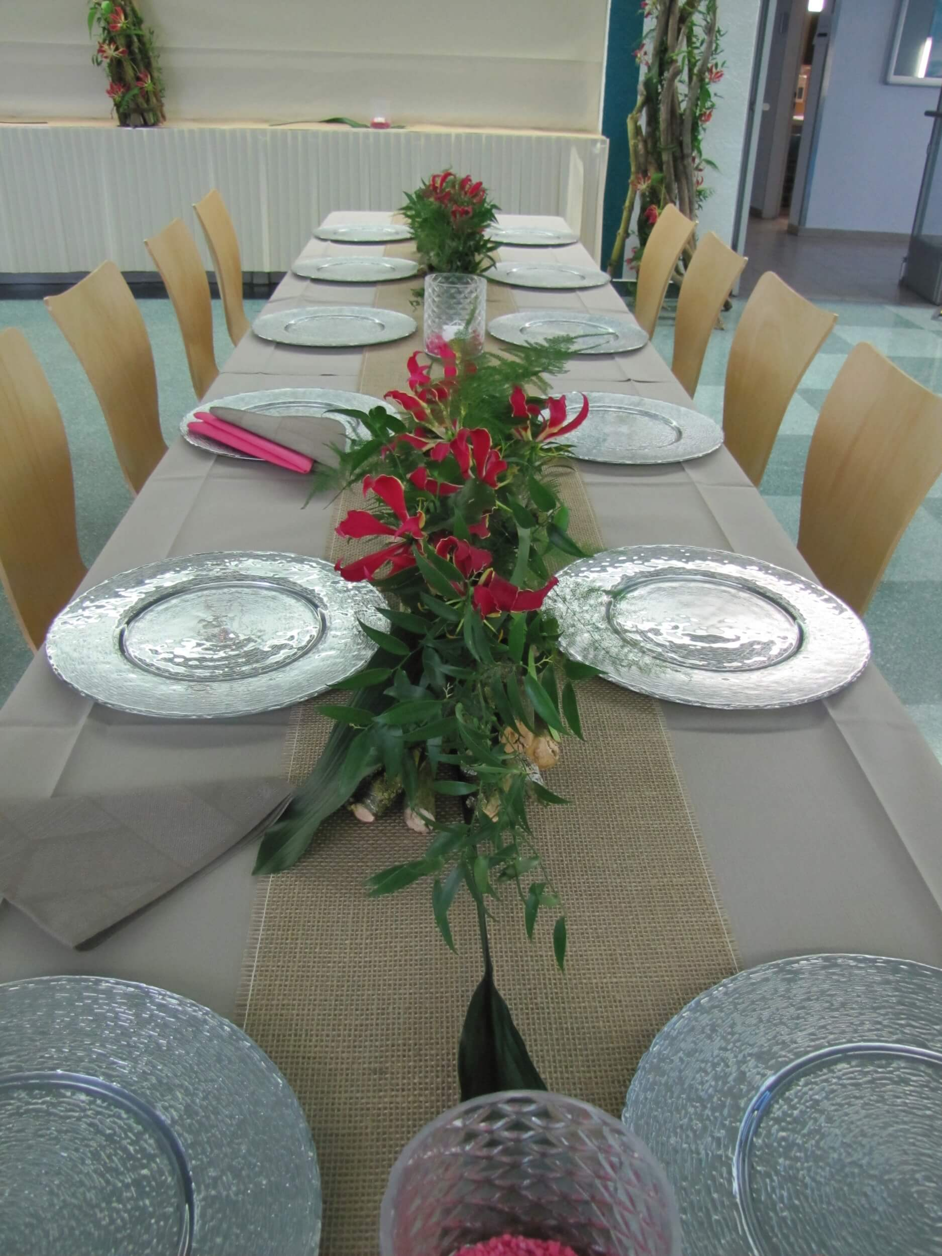 Tischdeko Blumenecke Baar
